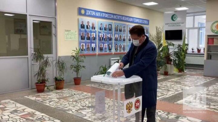 Ильсур Метшин принял участие в выборах депутатов Госдумы РФ
