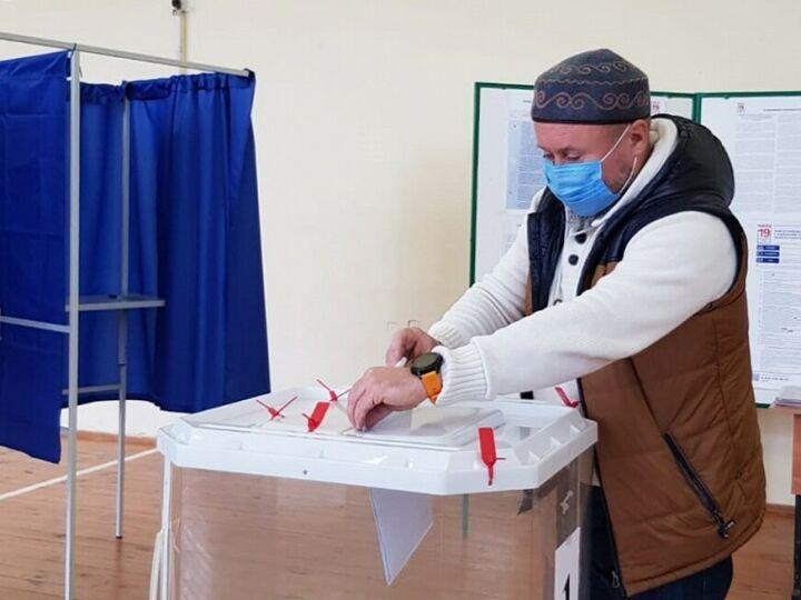 Священнослужители Нижнекамска отдали свои голоса на выборах в Госдуму РФ