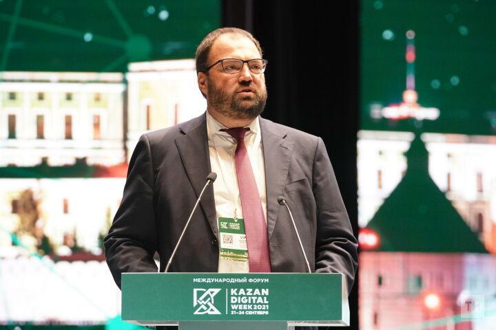 Шадаев в Казани: Регионы могут стимулировать IT-разработки за счет налоговых вычетов