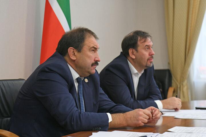 Песошин поделился с главами регионов России опытом ситуационных центров Татарстана