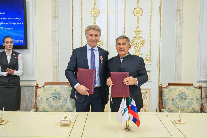 Минниханов: Объединение ТАИФа и СИБУРа принесет пользу Татарстану и его жителям