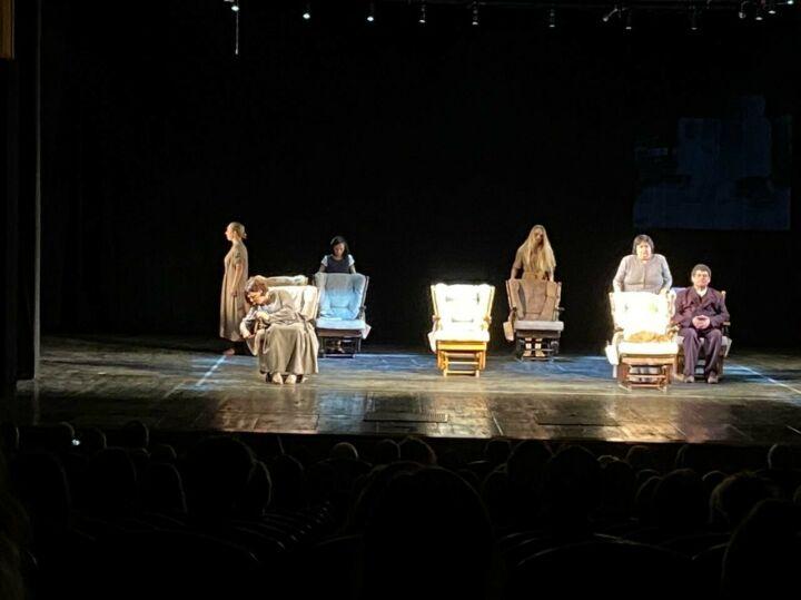 Бугульминский театр показал драму «Танцы во время Луназы» в Республике Коми