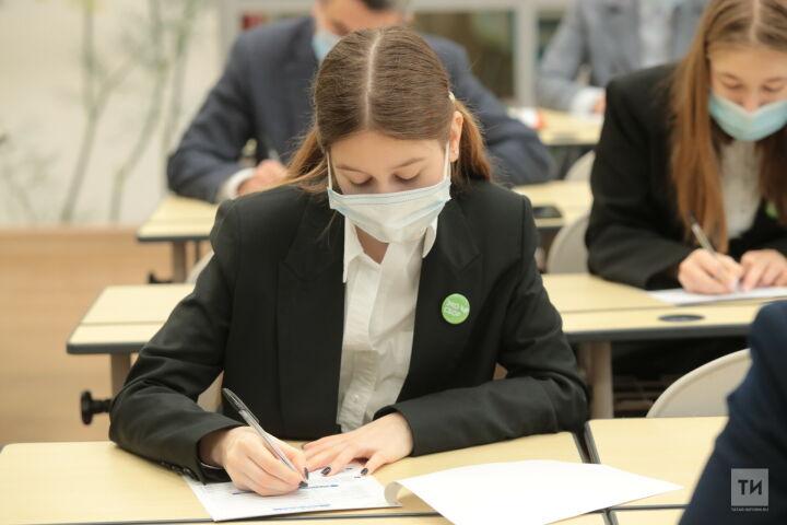 Рособрнадзор провел работу по сокращению числа контрольных работ в школах
