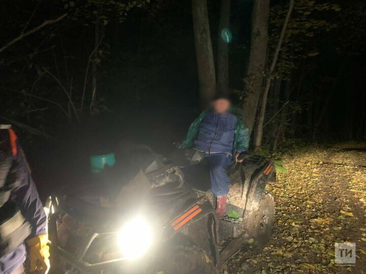 В лесу под Казанью нашли женщину, которая ушла за грибами и заблудилась