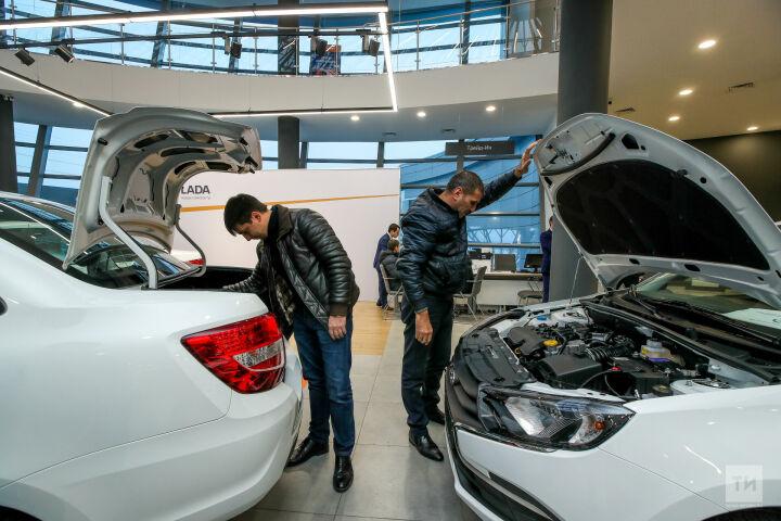 Авторынок России недочипировали: почему растут цены на машины в Татарстане