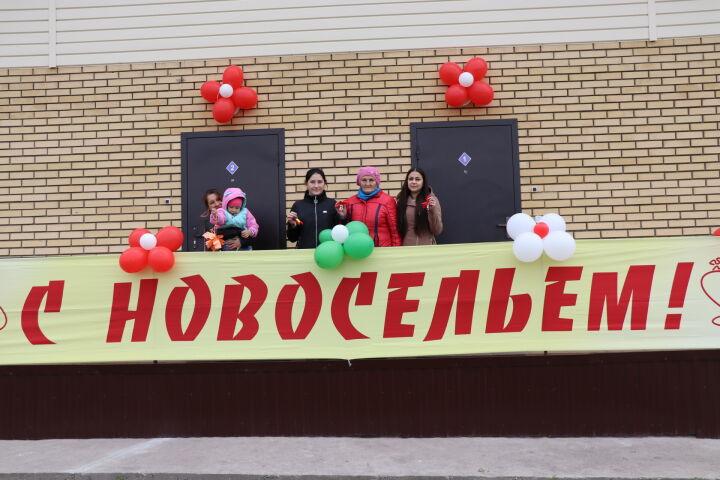 Четверо детей-сирот справили новоселье в Дрожжановском районе РТ