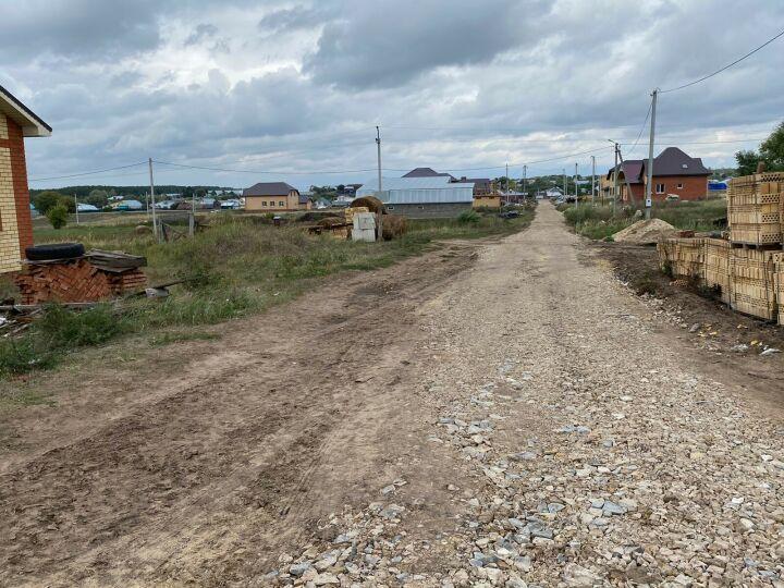 В селе Пестречинского района по просьбе многодетной семьи благоустроили дорогу