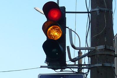Николаевская мэрия нашла деньги на светофоры – на их монтаж и эксплуатацию потратят больше 3 миллионов...