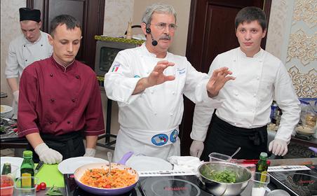 Мастер-шеф из Италии Доменико Маджи рассказал поварам Казани, какой должна быть настоящая паста