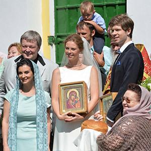 ответе этот дочь стриженова выходит замуж преображают помещения квартире: