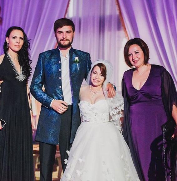 Фото со свадьбы розы сябитовой