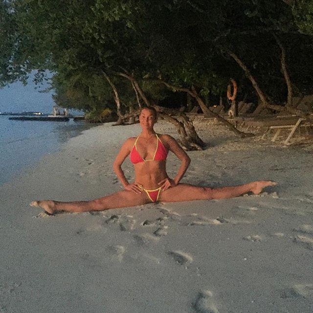 и этих звезд называют эталоном красоты голая правда прямо с пляжа откровенные фотографии