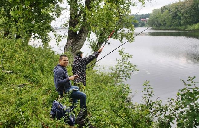 ловить рыбу на керосин