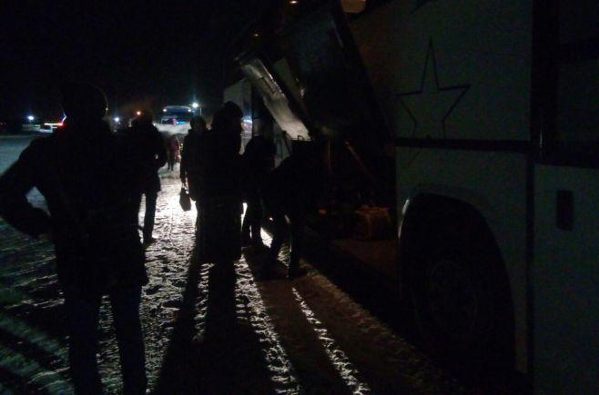 ВТатарстане спасли восемь детей отзамерзания насмерть прямо натрассе