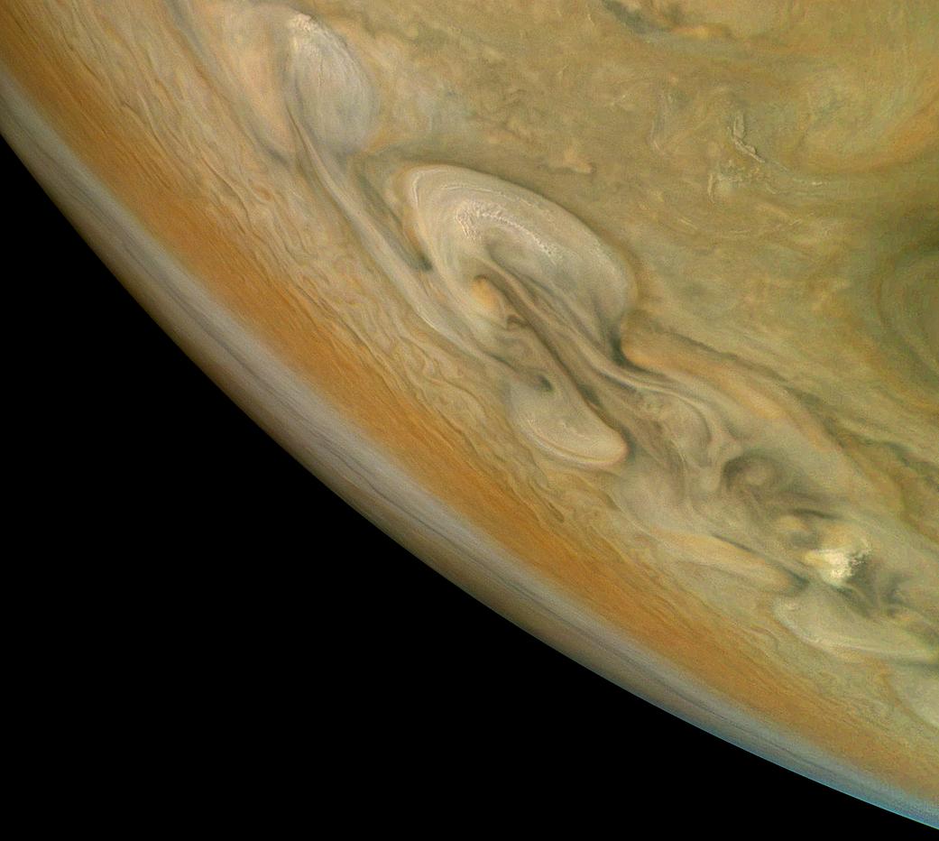 NASA опубликовало снимок бури наЮпитере