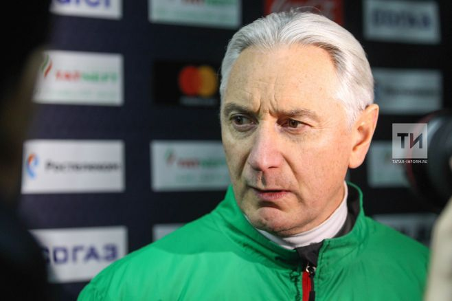 Главный тренерХК «АкБарс» предложил корреспонденту «непыхтеть»
