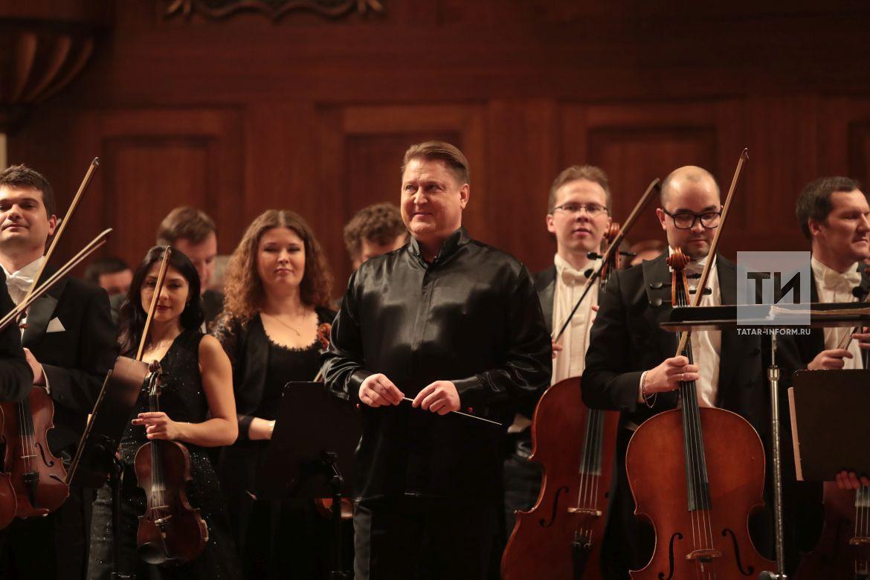 Оркестр Сладковского впервые объедет Китай с концертами Рахманинова и Чайковского
