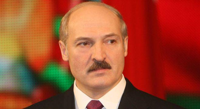 «Это полезно, ежели один-два фужера вдень вина выпиваешь»— Лукашенко