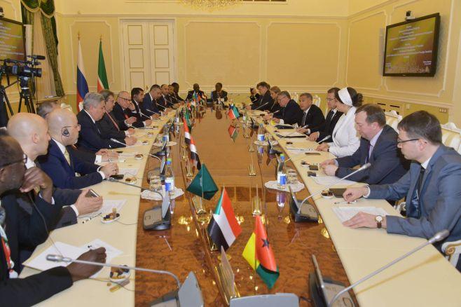 Татарстан иТунис договорились провести общий деловой форум