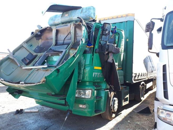Курение убивает: вТатарстане дальнобойщик получил 60% ожогов из-за взрыва вкабине