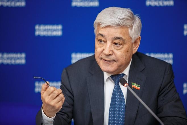 Татарстан внесет врезолюцию «Единой России» раздел оподдержке многоязычия