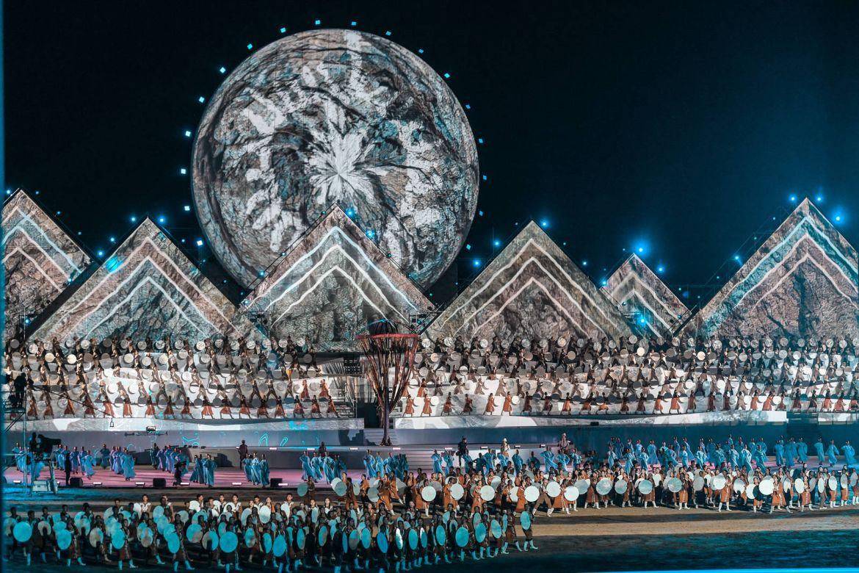 Официальная хроника Рустам Минниханов посетил церемонию открытия III Всемирных игр кочевников