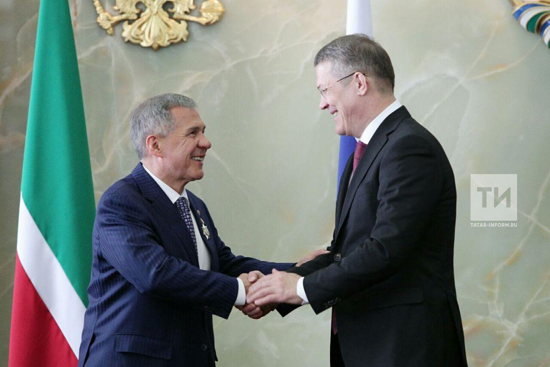 Минниханову вручили орден за укрепление сотрудничества между Татарстаном и Башкортостаном