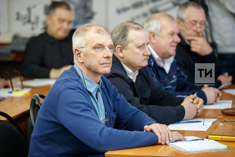 Какие программы по переобучению граждан действуют в Татарстане?