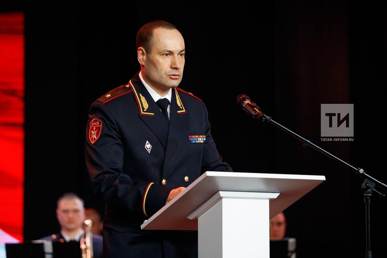 Премьер-министр РТ Алексей Песошин поздравил татарстанских военнослужащих Росгвардии с профессиональным праздником