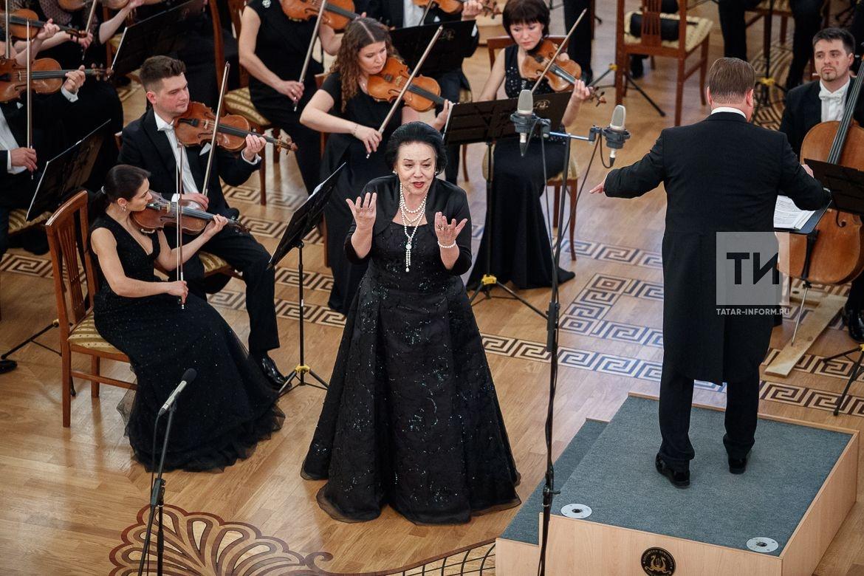XXVI Международный конкурс вокалистов имени М.�.Глинки после пятилетнего перерыва стартовал в Казанской ратуше