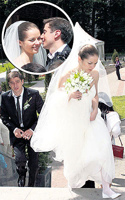 Когда полтора года назад красавица Марина АЛЕКСАНДРОВА вышла замуж...