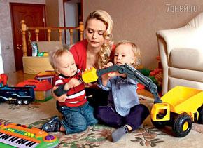 «Блестящая» Ксюша Новикова не может вернуть детей